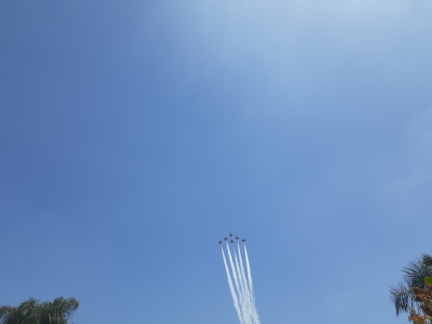 The Thunderbirds just flew over our house at 1:30pm in So CA And here is video. Awesome and God ...